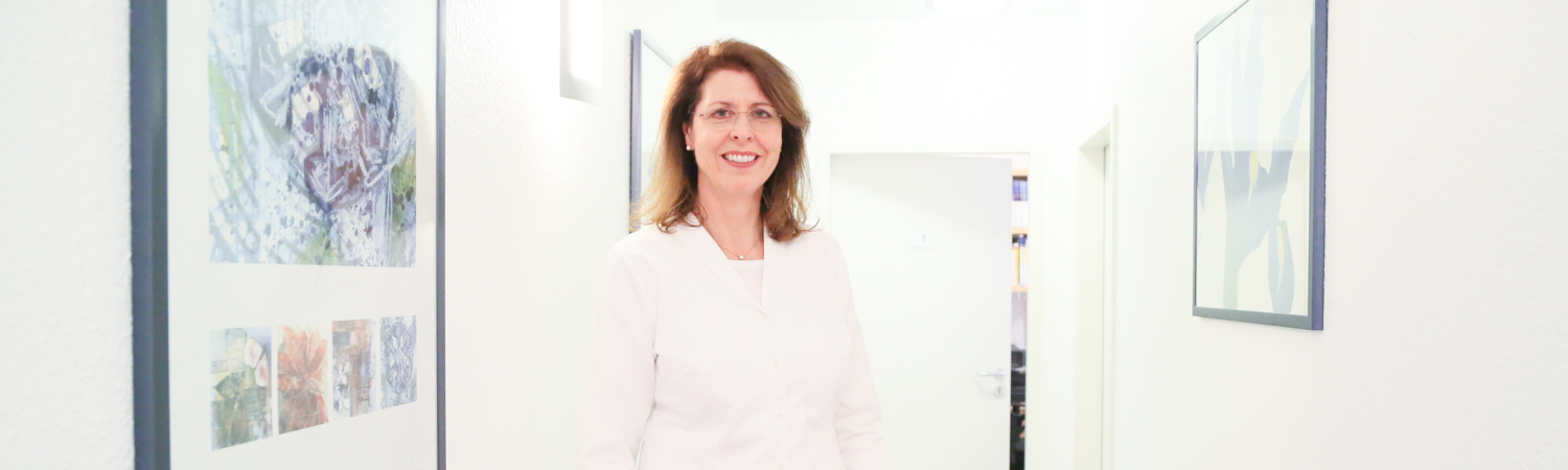 Dr Andrea Achtnich